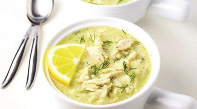 supa-greceasca-cu-pui-si-lamaie-580x400