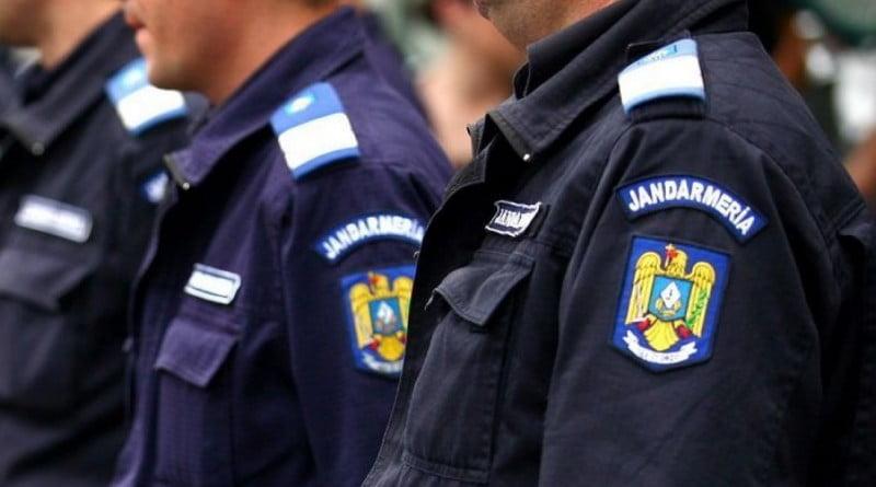 jandarmi_rs4cblapfq